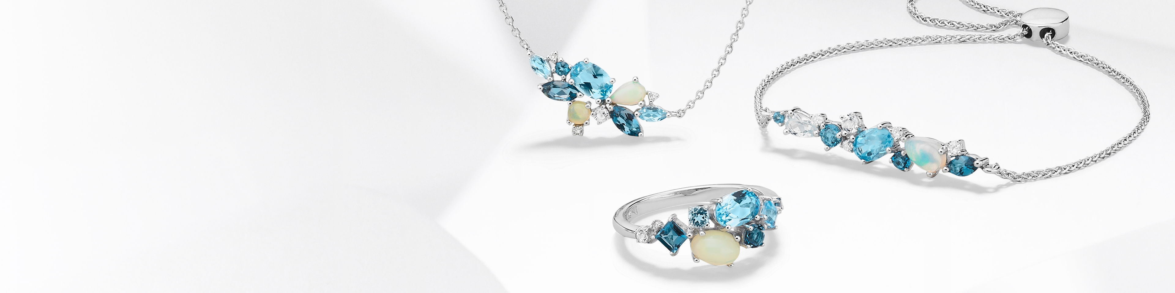Aquamarine ring and aquamarine bracelet set in white gold. Shop all aquamarine jewelry at Jared.