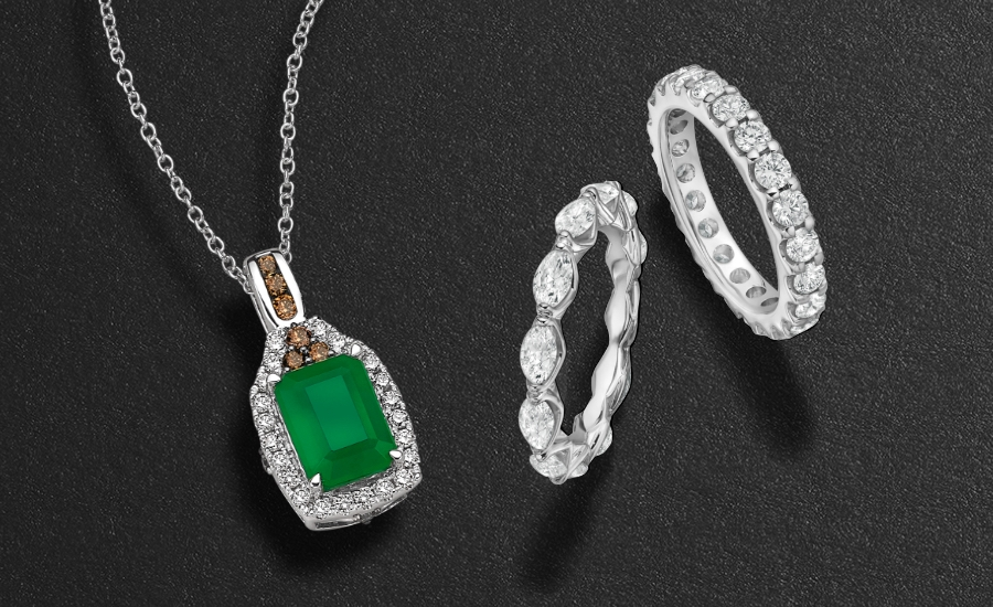 Le Vian emerald necklace with chocolate and vanilla diamonds and two eternity rings in round and marquise cuts set in white gold.